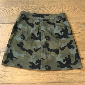 Dresses & Skirts - Camo full zip mini skirt